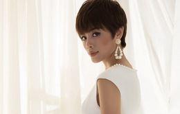 Thu Hiền khoe vẻ đẹp kiêu sa với mái tóc tém cá tính
