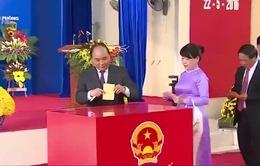 Lãnh đạo Đảng, Nhà nước thực hiện quyền, trách nhiệm công dân