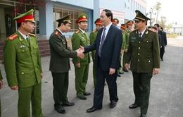 Bộ trưởng Trần Đại Quang thăm, chúc Tết Công an Nam Định