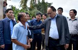Thủ tướng Nguyễn Xuân Phúc thăm vùng lũ Bình Định