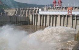 Nước xả từ đập thủy điện Cảnh Hồng về đến Việt Nam đầu tháng 4