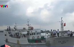Vũng Tàu đưa 15 ngư dân gặp nạn ở Trường Sa về đất liền