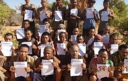 4 thuyền viên Campuchia bị cướp biển bắt giữ trở về nước