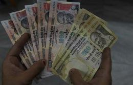 Khủng hoảng tiền mặt gây khó cho người dân Ấn Độ