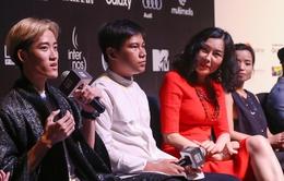Tiến Truyển trổ tài thiết kế tại Tuần lễ thời trang quốc tế Việt Nam 2016