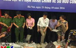 Hà Nội: Tiêu hủy hàng trăm túi xách, đồng hồ giả hàng hiệu