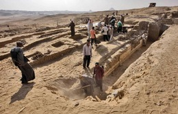 Tìm thấy một chiếc thuyền lớn của người Ai Cập cổ đại