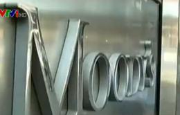 Moody's rút khỏi thị trường Nga