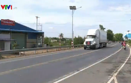 """Nhiều """"điểm đen"""" mất an toàn giao thông trên QL1 đoạn qua Bình Thuận"""