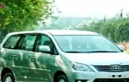 Toyota triệu hồi gần 800 xe Innova tại Việt Nam để thay cửa