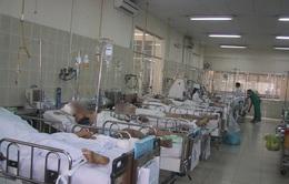 Tai nạn gia tăng, nhiều người ăn Tết trong bệnh viện