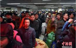 Trung Quốc lập kỷ lục 3 tỷ lượt người về quê ăn Tết