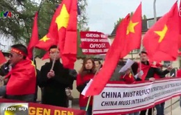 Người Việt phản đối hoạt động của Trung Quốc tại biển Đông