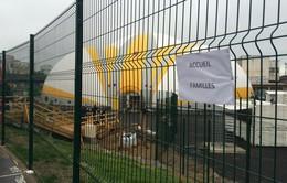 Paris mở cửa trại tạm cư đầu tiên cho người tị nạn