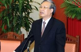 Đồng chí Trần Quốc Vượng làm việc với Ban Thường vụ Thành ủy Cần Thơ