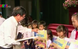 TT - Huế: Trao học bổng cho học sinh vùng sự cố môi trường biển