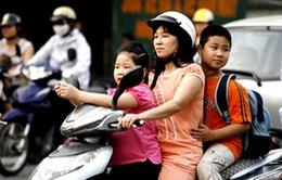 Chưa đến 50% trẻ em đội mũ bảo hiểm khi tham gia giao thông