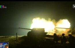 Triều Tiên phát hành video quân đội diễn tập bắn đạn thật vào ban đêm