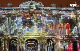 Độc đáo màn trình diễn ánh sáng kỷ niệm 252 năm thành lập bảo tàng Hermitage, Nga