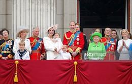 Nước Anh mừng sinh nhật lần thứ 90 của Nữ hoàng Elizabeth II