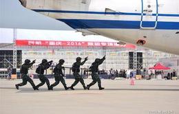 Trung Quốc diễn tập chống không tặc quy mô lớn