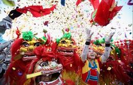 Người dân Trung Quốc tưng bừng đón Tết Nguyên đán