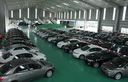 """Bộ Tài chính yêu cầu """"siết"""" quản lý ô tô nhập khẩu"""