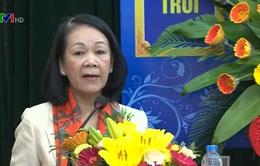 Đồng chí Trương Thị Mai chúc mừng đồng bào Công giáo nhân dịp Lễ Giáng sinh