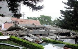 Hình ảnh: Nhà 5 tầng đổ sập trong đêm, 3 người chết, 3 người nguy kịch
