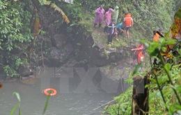 Trượt chân rơi xuống thác Đam B'ri, một du khách mất tích
