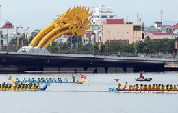 Đua thuyền truyền thống mở rộng năm 2016 tại Quảng Bình