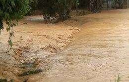 Khẩn trương tìm kiếm 11 người mất tích do lũ cuốn ở Lào Cai