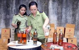Thanh Hóa: Bắt giữ hơn 500 chai rượu ngoại không rõ nguồn gốc