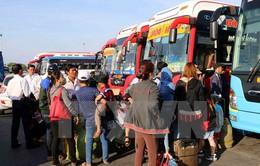Xử phạt chủ xe khách 46 chỗ nhồi nhét tới hơn 70 hành khách