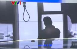 Học sinh tự tử vì áp lực: Lỗi do ai?