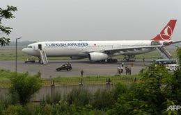 Thổ Nhĩ Kỳ: Máy bay dân dụng bị dọa đánh bom