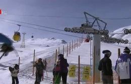 Du lịch trượt tuyết tại Iran hút khách
