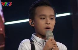 """Hồ Văn Cường tự tin hát """"chay"""" trên sân khấu Vietnam Idol"""