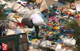 """TP.HCM: Bãi rác tự phát 3000m2 """"bỗng dưng"""" mọc giữa khu dân cư"""