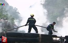 Phong tỏa hiện trường lấy lời khai vụ tai nạn kinh hoàng ở Hòa Bình