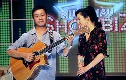 MC Anh Tuấn bất ngờ trổ tài đệm đàn cho ca sĩ Thu Phương