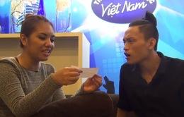 """Vietnam Idol: Chàng """"Vịt Beatbox"""" liên tục làm khó cô gái Philippines"""