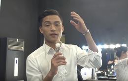 """Vietnam Idol: Chàng """"Vịt Beatbox"""" bất ngờ trổ tài làm MC"""