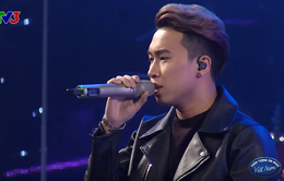 """Thí sinh Vietnam Idol """"đánh gục"""" Thu Minh với cách hát ngôn tình"""