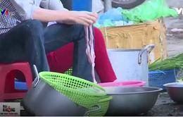 Tình trạng kém vệ sinh trên tuyến phố thí điểm an toàn thực phẩm tại Hà Nội