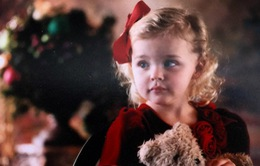 Bạn gái Brooklyn Beckham siêu dễ thương trong loạt ảnh thơ ấu
