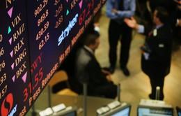 Tin xấu từ các ngân hàng khiến chứng khoán Mỹ giảm điểm