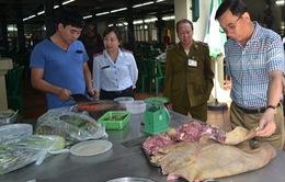 Hà Nội: Đình chỉ hoạt động của bếp ăn tập thể tại Thạch Thất