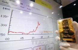 Giá dầu mỏ thế giới quay đầu giảm mạnh, giá vàng lấy lại đà tăng