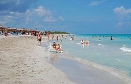 Khách du lịch đến Cuba tăng kỷ lục trong năm 2015